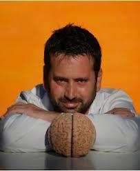 Álvaro Bilbao, compagina su labor profesional con su faceta de conferenciante y escritor con su consulta especializada en evaluaciones neuropsicológicas y de psicoterapia. Autor de los libros Me falla la memoria y Cuida tu cerebro. Foto: Fedace 2010.
